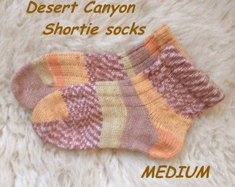 Desert Canyon Shortie Socks --- wool acrylic blend ---  MEDIUM