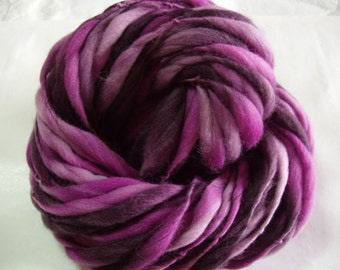 Handspun merino yarn, thick and thin yarn, PINK AUBERGINE, super bulky yarn, dolls hair, dreads, giant knitting, giant yarn, 47yds