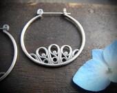 floret ... sterling hoops