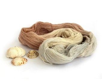 Handdyed pure cashmere yarn, variegated skein laceweight 100% cashmere Perran Yarn, She Sells Seashells sand beige cream silver grey neutral