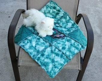 Cat bed, cat blanket, handmade cat blanket, cat quilt, teal cat bed, small dog blanket, pet bed, luxury pet bed, colorado catnip bed pet mat