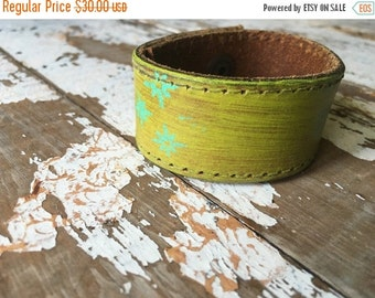 40% FLASH SALE- Custom Leather Cuff-Create Your Own-Word Cuff-Hand Painted-Wall Flower Design