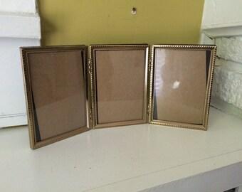 Gold metal frame triptych / Folding