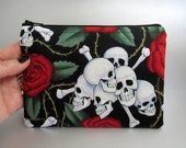 Skulls and Roses - Gothic - Zippered Pouch - Make-up bag - Zippered bag - Case - Black and Red - Thorns - Roses - Polka Dots - Dark - Horror
