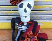 PreHalloweenSale Primitive Halloween Skeleton of Love