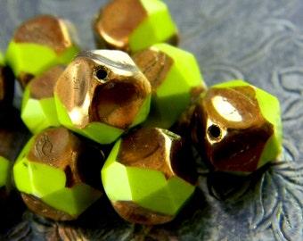 Wasabi Glitz  (10) -Czech Glass Central Cut Rounds 9mm