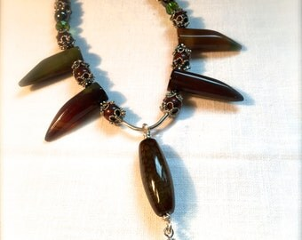 Where in the Wild - Necklace genuine Agate & Jasper Claw Tooth Claw Spear Spike Teeth