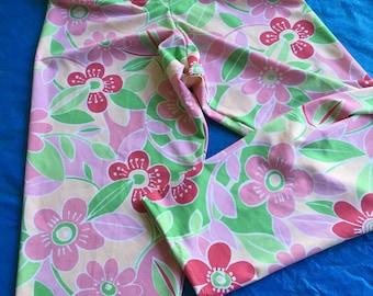 Pink and Green Flowers Capri-length Leggings - L