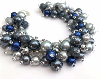 Bridal Jewelry, Wedding, Silver Slate Gray and Navy Pearl Bridesmaid Bracelet, Chunky Bracelet, Cluster Bracelet, Gray Bridesmaid Jewelry