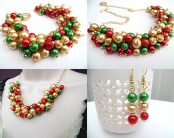 Christmas Beaded Jewelry Set, Red Gold and Green Necklace Bracelet and Earrings, Cluster Jewelry, Jewelry for the Holidays, Gift For Her