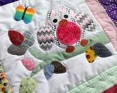 Owls appliqued crib quilt ,purple / pinks cuddle quilt, baby girls
