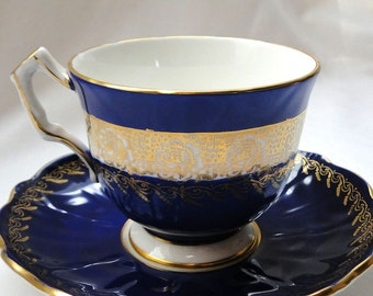 Stunning Aynsley Teacup Blue and Gold
