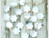 Paper Garland, WHITE FLOWERS, Flower Garland, Wedding garland, rustic wedding, bridal shower, baby shower, romatic wedding, christening