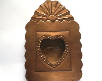 Tin Nicho #06 with Heart Window and Fan at Top