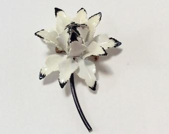 Vintage Enameled White Flower Pin