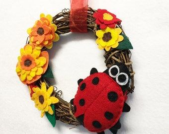 Ladybug Wreath, Summer Wreath, Fall Door hanger, Ladybugs Laugh, Hostess Gift, Housewarming