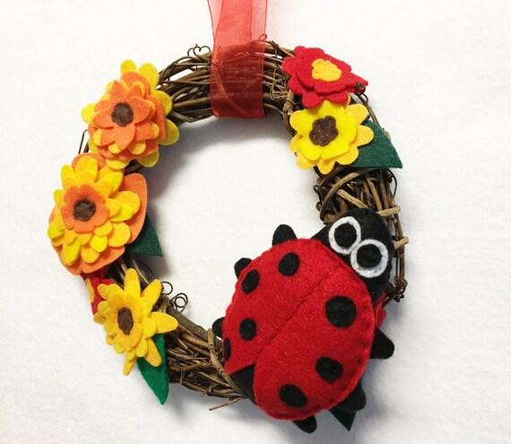 Ladybug Wreath, Summer Wreath, Fall Door hanger, Ladybugs Laugh, Hostess Gift, Housewarming