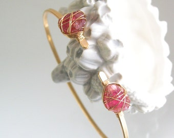 Pink Tourmaline Gold Filled Bangle, Rough Gemstone Bangle, Wire Wrapped Jewelry, Minimalist Design, Artisan Made, Original Design