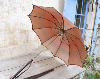 Vintage Antique 1900 French salmon gradient rain umbrella with leather protection