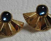 Southwestern Goldtone Fan Round Blue Glass Stone Clip Earrings