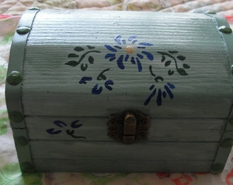 Hand Painted Floral Green Box