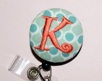 Id Reel monogrammed, U design, fabric, letter and color. (#6)