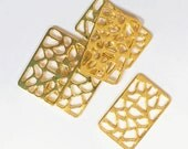 12pcs of Gold plated  rectangle pendant 24x15mm