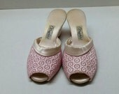 Oomphies Pink Rockabilly House Slippers Womens Heels Sz 5.5