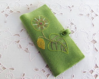 wool felt needle book, gift for hand sewer, needle case for embroiderer, hand embroidered sewing accessory, travel accessory