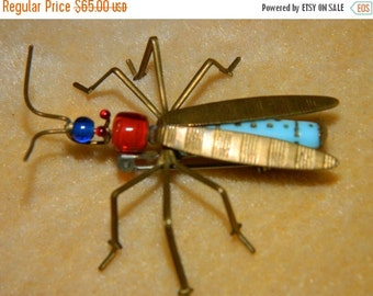 HUGE SALE Rare Vintage 70's  Life Like Insect, Beetle Pin, Brooch, funky Flying Bug 1970's Jewelry fashion Firefly  design style Nature Love