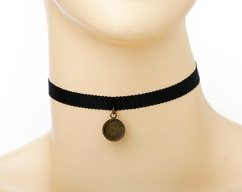 Choker / Necklace kit - black ribbon with antique bronze finish bezel setting, clasps and extention chain B74