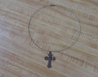 Cross Necklace with circle wire chain