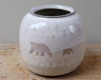 Round Polar Bear and Cub Vase Pot