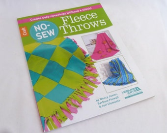 Fleece Instruction Book, NoSew Fleece Throws, Cozy Coverings, No Sewing, Craft Instructions, 15 Fleece projects, Applique Patterns