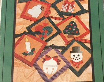 Applique Christmas Ornament Pattern. uncut.  Winter Home Decoration