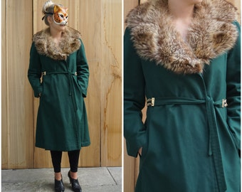 Vintage 70's Hunter Green Trench Coat with Fur Collar and Belted Waist by Tom Fallon | Medium Large