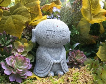 Jizo Statue - Garden Jizo Buddha - Jizo Bodhisattva, Guardian & Protector of Women, Children, Travelers, and Other Voyagers