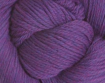 Amethyst Heather Cascade 220 Yarn 100 grams 220 yards 100% Peruvian Highland Wool color 9453