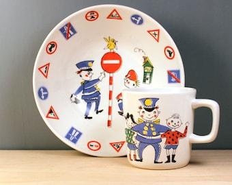 Trygg Trafikk mug and bowl.  Vintage Scandinavian modern Stavangerflint Pottery Norway. Inger Waage design.