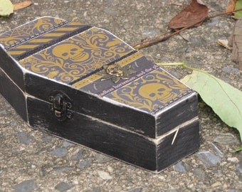 Medium Vintage Halloween Gothic Wooden Coffin Box Vampire Dracula Victorian Steampunk Gold Skulls