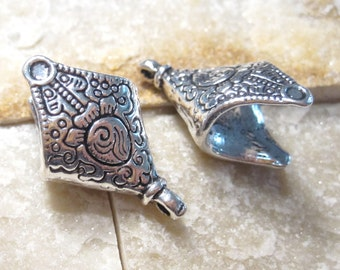 2 Large Diamond shaped Antique Silver Tassel Caps, scarf ends, kumihimo cord ends with hanging loop BC1053 H16