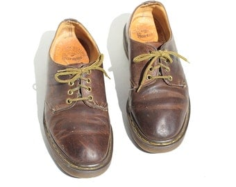 Vintage Men's Brown Leather Shoes / size 7