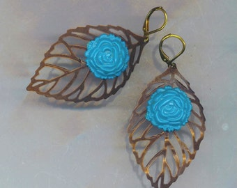 Vintage Turquoise Floral Leaf Earrings . Blue Turquoise . Brass Leaf Leaves . Leverback Earrings - Rose Blossom by enchantedbeads on Etsy
