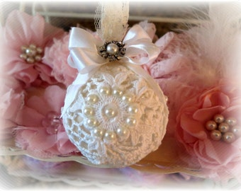 Shabby Chic Cream & White Vintage Doily Glass Ball Christmas Ornaments Vintage Chic Shabby Shabby Chic Home Decor Christmas