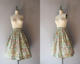 1950s Cotton Skirt / Vintage 50s Pleated Batik Skirt / Fifties Full Skirt