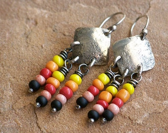 Textured Sterling Silver Diamonds with Colorful African Glass Beads . Rustic Style Jewley