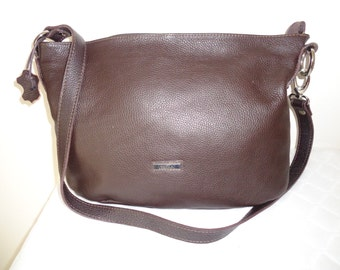 Cristina Italian pebbled leather large top zip cross body, hobo, handbag satchel  bag brown silver hardware vintage 90s