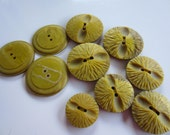 Vintage Buttons - Cottage chic lot of 10 assorted (2 matching styles) novelty chartreuse green acrylic, 1960's NOS (jan 120b)