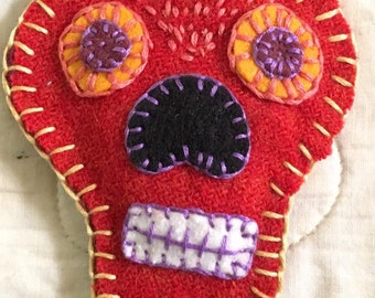 Sugar skull lavender sachet  felt Halloween Day of the Dead handmade embroidered dia de los muertos Mexico folk Mexican