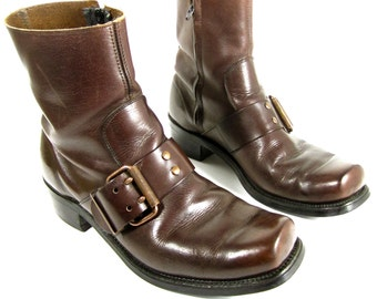 vintage 1960s 1970s whiskey brown leather zip up CHELSEA ankle boots BUCKLE mens 8 1/2 womens 9 1/2 10 BIKER festival U S A broken in moto